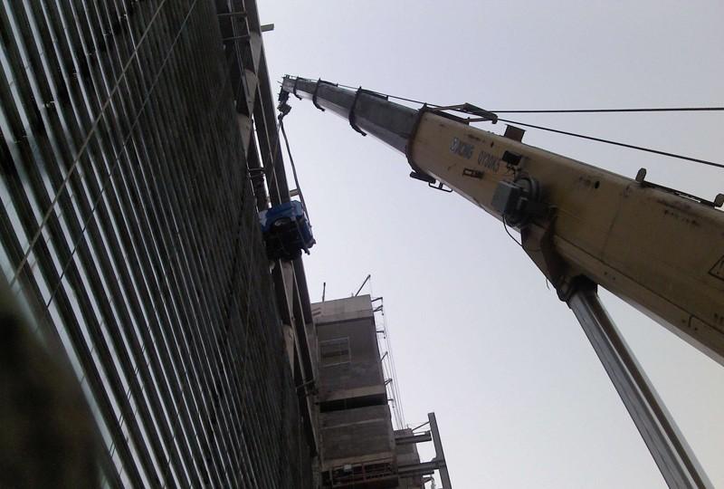 高空设备吊装搬运